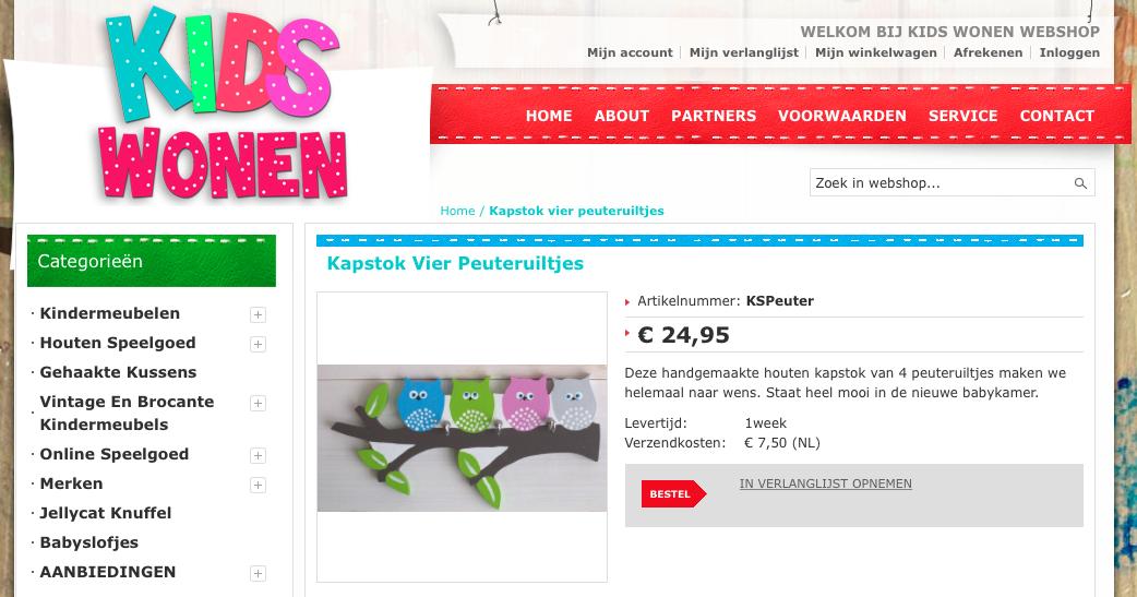 Bij dit WebwinkelKeur lid worden groen en rood bijna evenveel gebruikt, hierdoor valt eigenlijk niets meer extra op