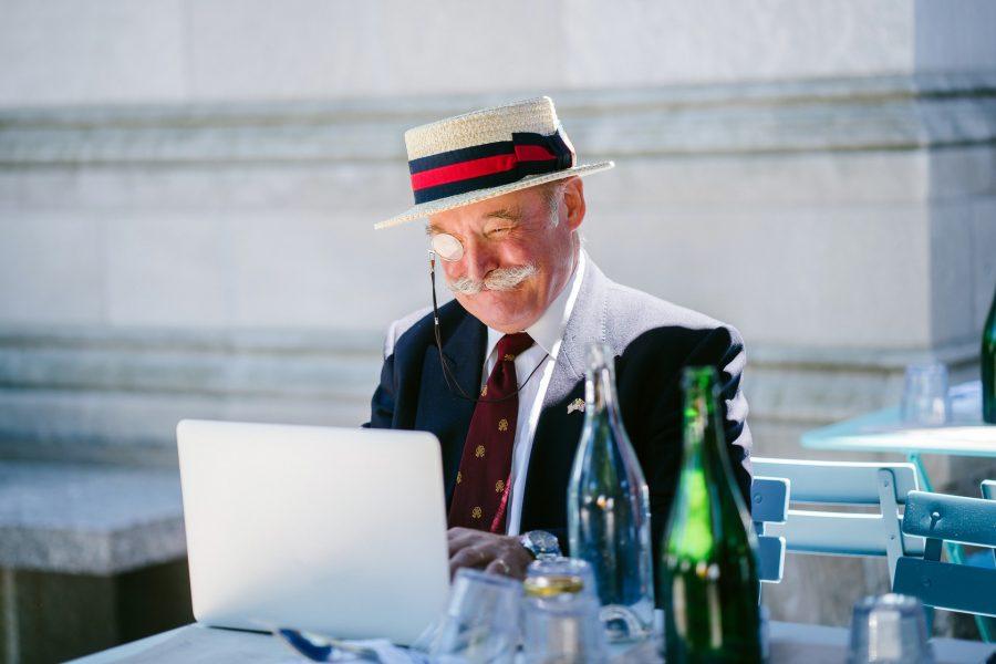 senioren letten op aanwezigheid keurmerk shoppen