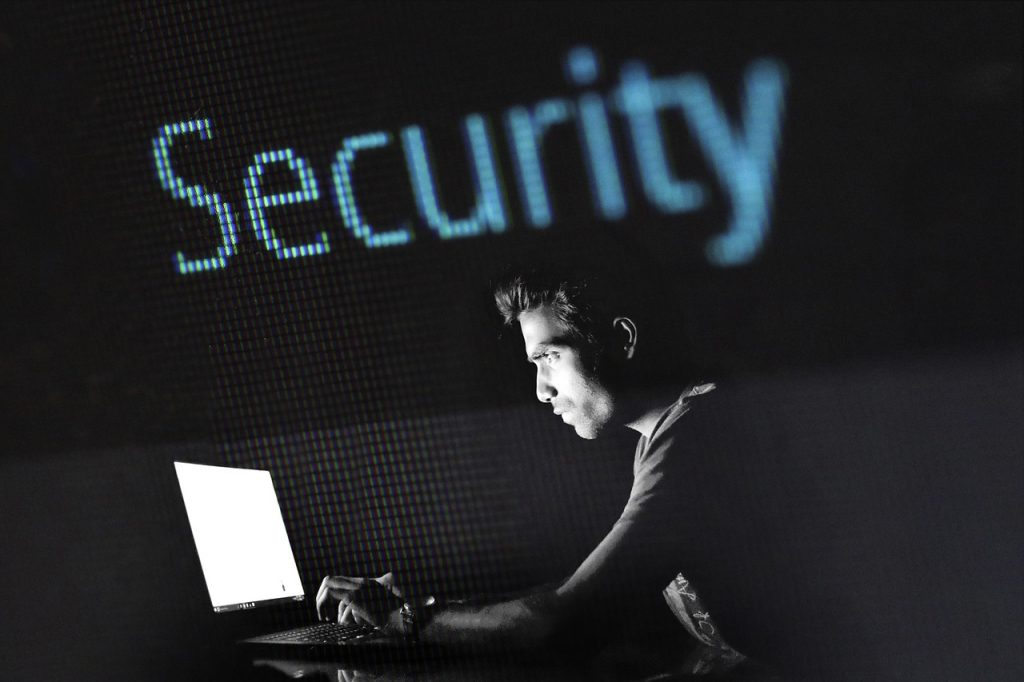 wet cybercriminaliteit 3 webwinkelier webshop webwinkel